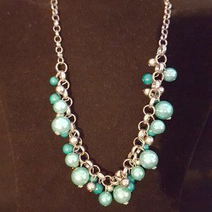 Paparazzi Green and Silver Necklace Set